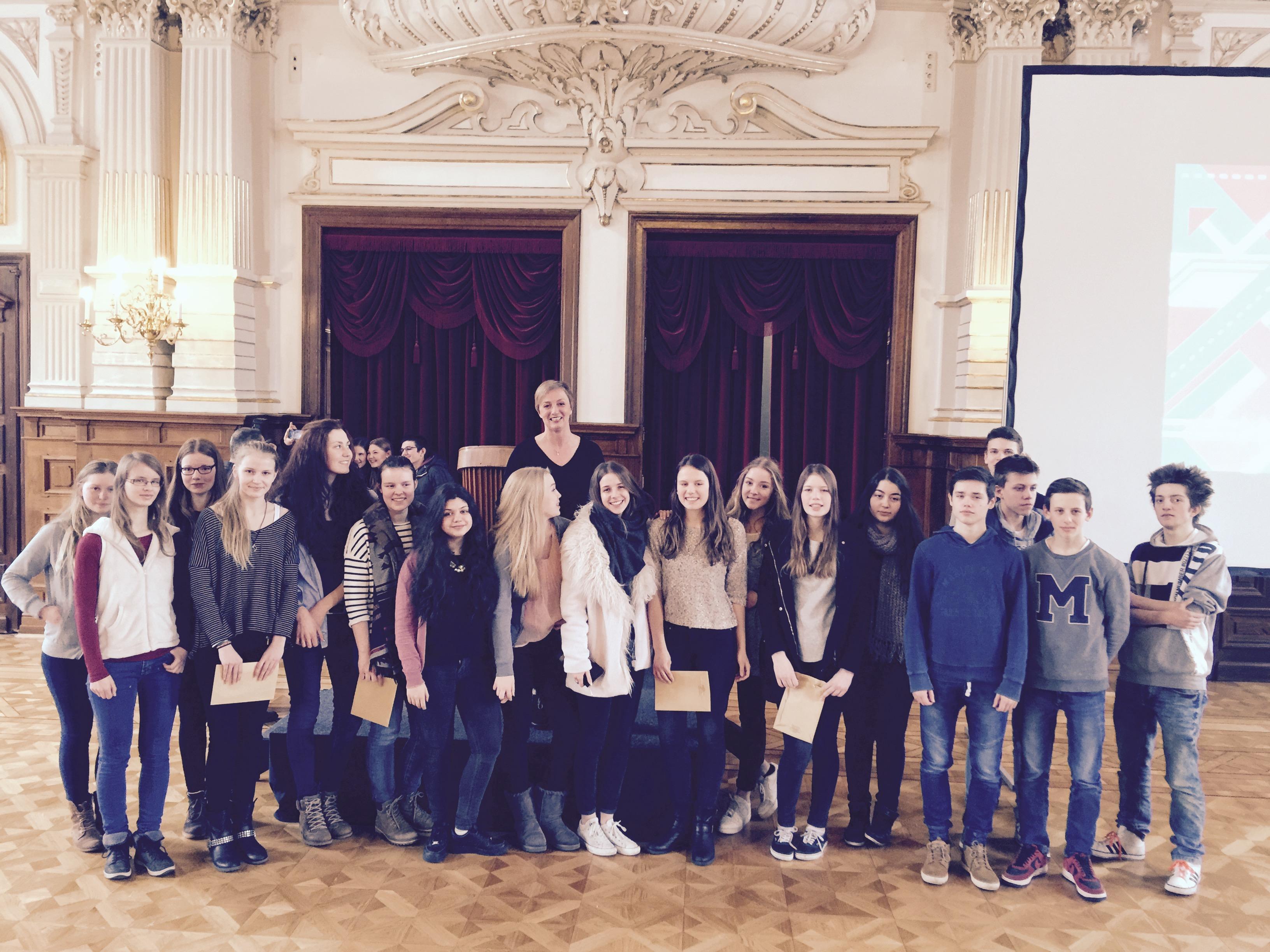 Schülerinnengruppe des AGO belegt 2. Platz bei Filmwettbewerb