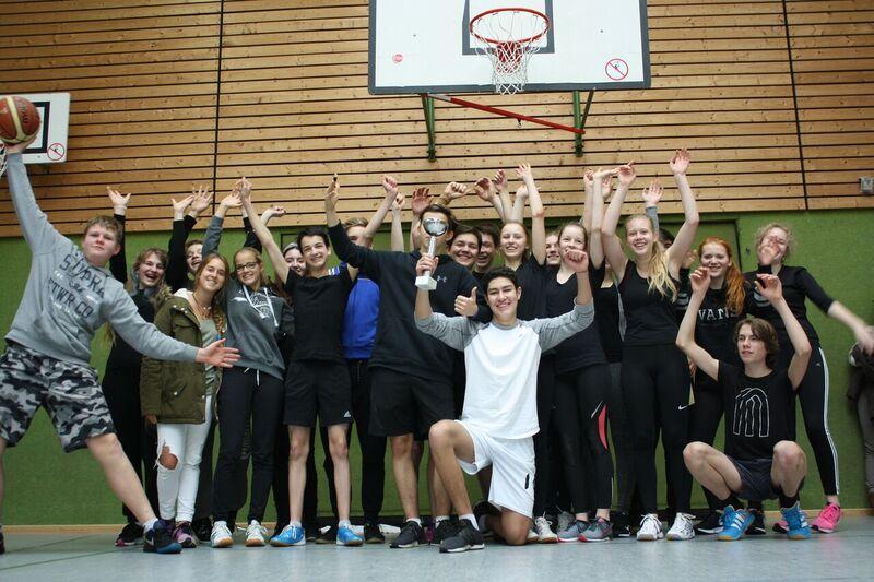 Erstklassiges Basketballturnier für 10. Klassen
