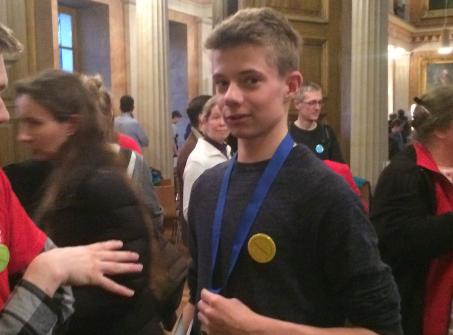 Matheolympiade Niedersachsen 2017 –  Keno Seefeldt (AGO) qualifiziert sich als einziger Oldenburger für die  Bundesrunde