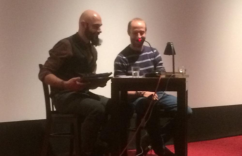 """Ein Tag auf der Kibum: Marcin Szczygielski liest """"Hinter der blauen Tür"""""""
