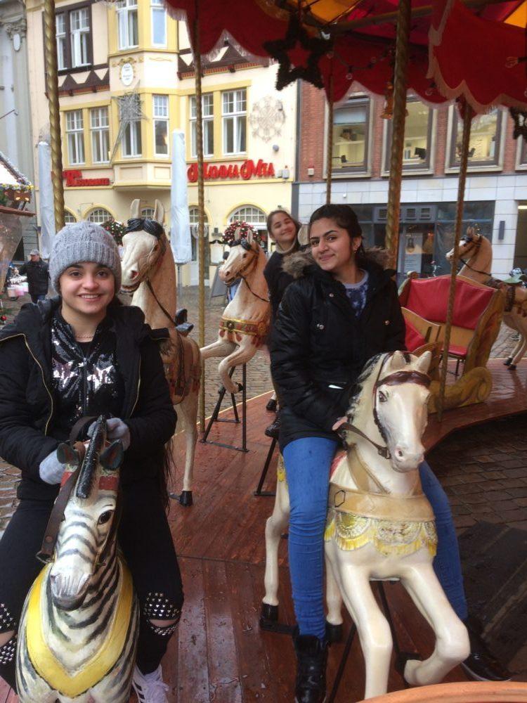 Weihnachtsmarktbesuch mit der Sprachlernklasse - Interkulturelles Lernen