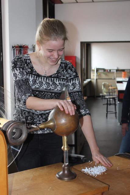 Physiktag für Mädchen an der Universität Oldenburg