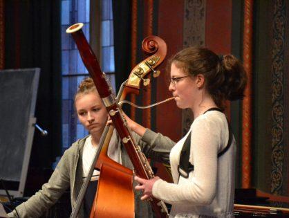 Musik liegt in der Luft: Erste Musizierstunde 2019