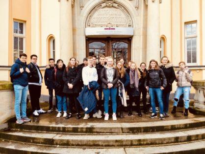 Forschungswettbewerb gestartet: Wirtschaftskurs an der Bucerius Law School in Hamburg