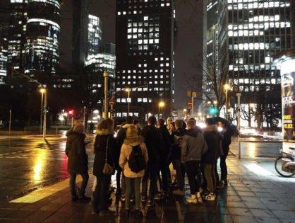 Auf den Spuren des großen Geldes: Wirtschaftskurs besucht Finanzmetropole Frankfurt